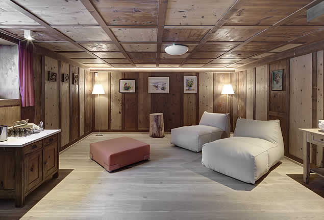 Sauna and relax area